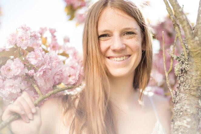 Portrait Foto Frau Blumen Blüten - Fotograf Waldshut Tiengen