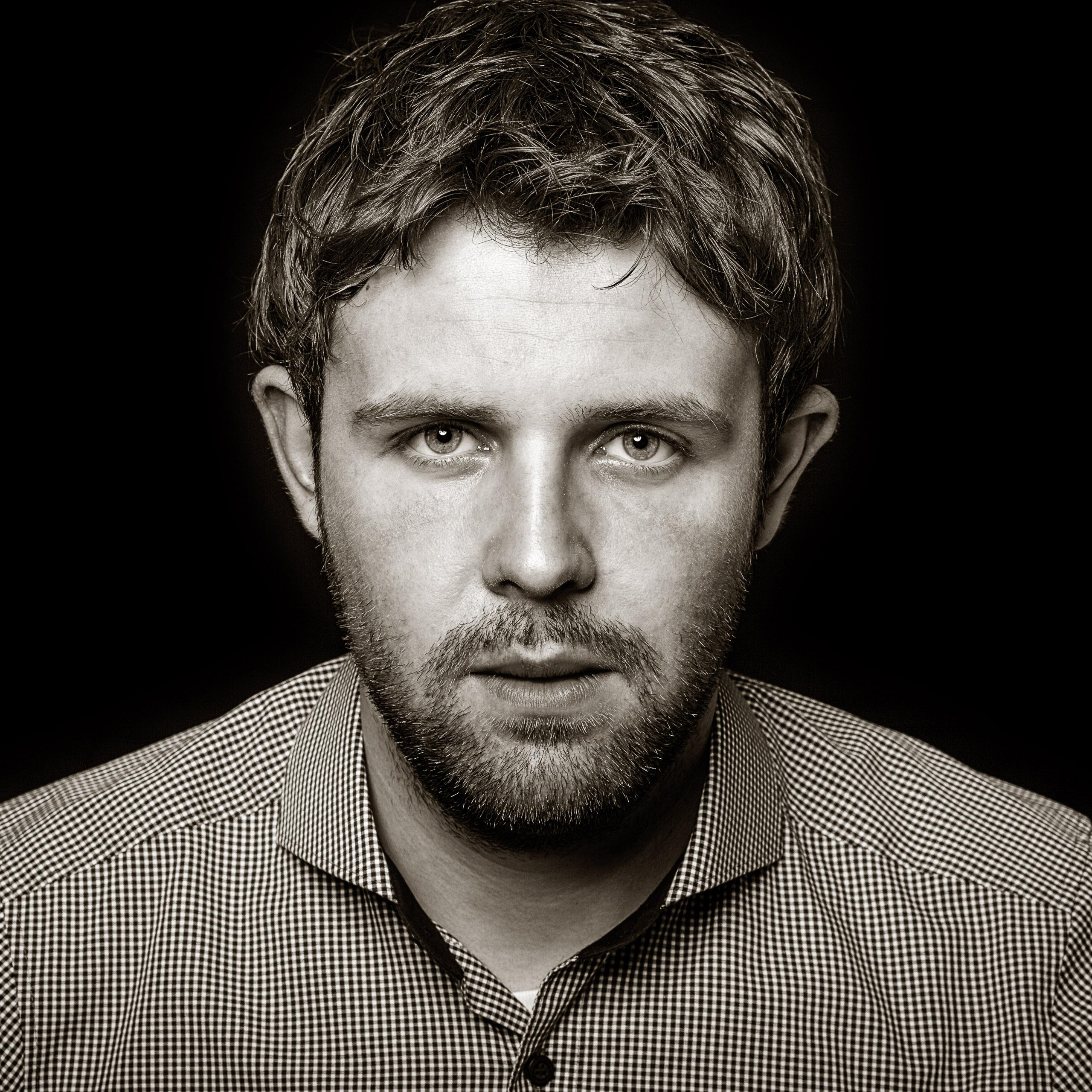 Portrait Foto Mann Schwarz Weiss – Fotograf Waldshut Tiengen